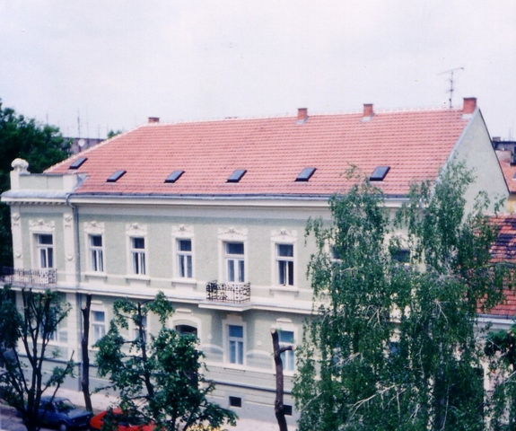 Zgrada Arhiva 1995-crop